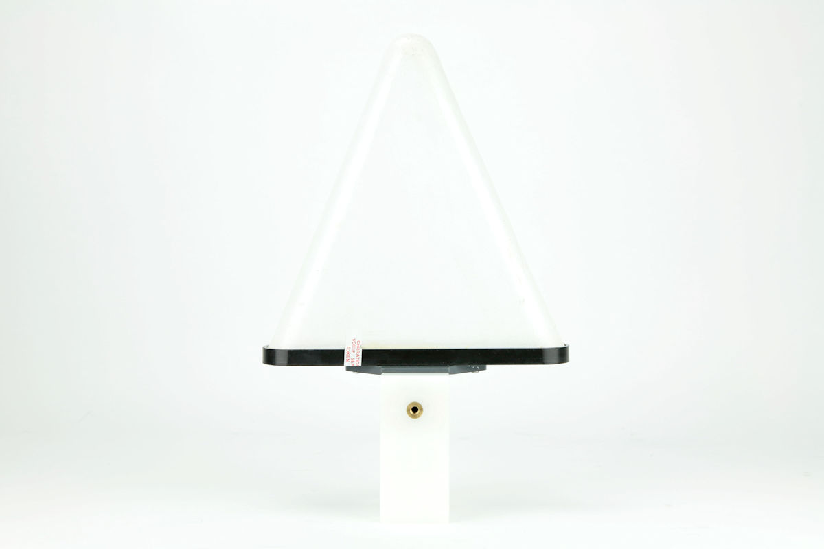 EM-6952 Log Periodic Antenna. 1GHz - 18GHz. 5W only.